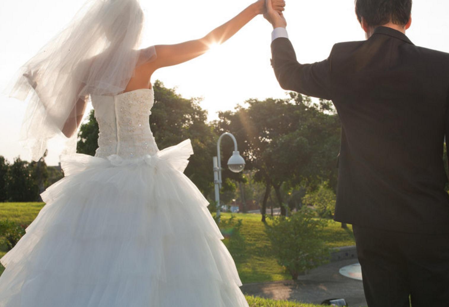 結婚に効果あり スマホ用おまじない待ち受け画像9選 夢叶倶楽部
